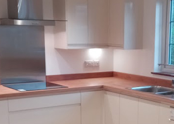 Salisbury Kitchens and Carpentry Extractor Hood